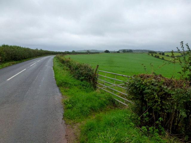 B4293 heading towards Trellech.