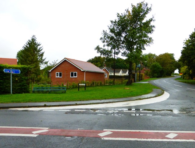 Chilton Road in Upton