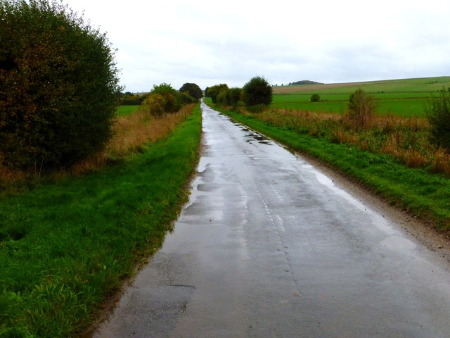 The long straight southern end of Boham's Road