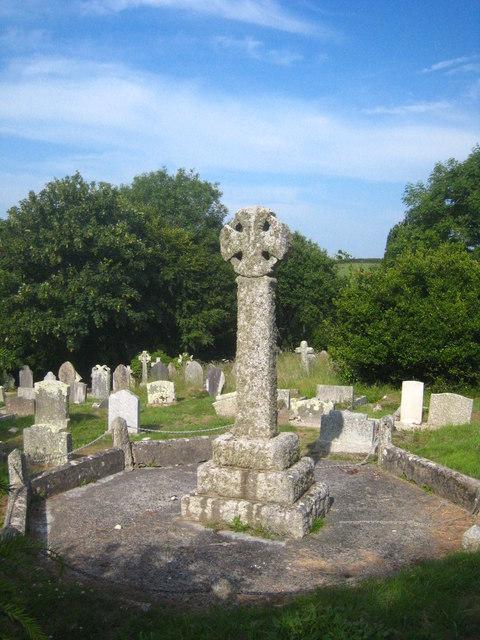 War Memorial in the churchyard of St Wyllow, Lanteglos-by-Fowey
