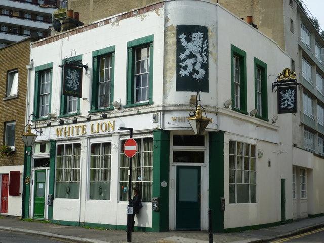 White Lion pub, Central Street