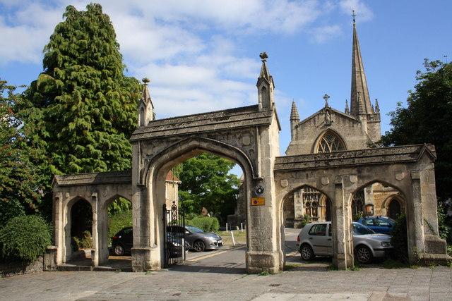 Bath Street archway entrance to St John the Baptist 's Church