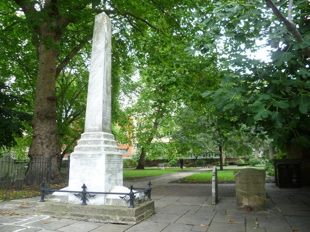 Defoe and Blake memorials, Bunhill Fields
