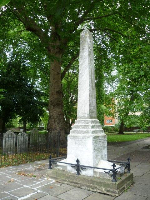 Daniel Defoe Memorial, Bunhill Fields