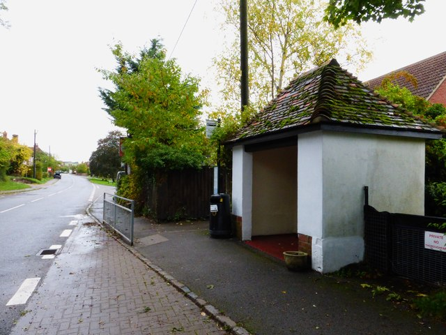 Bus stop with shelter on London Road in Blewbury