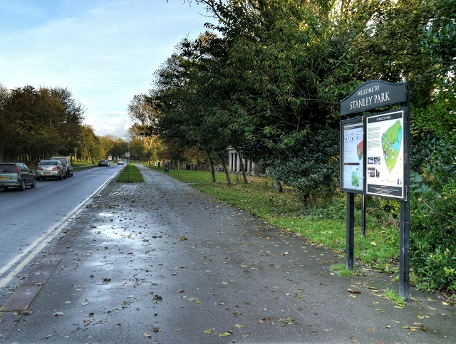 Stanley Park, Mawson Drive