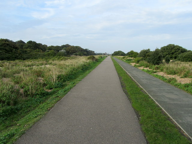 Footpath and Cycleway heading towards Walmer