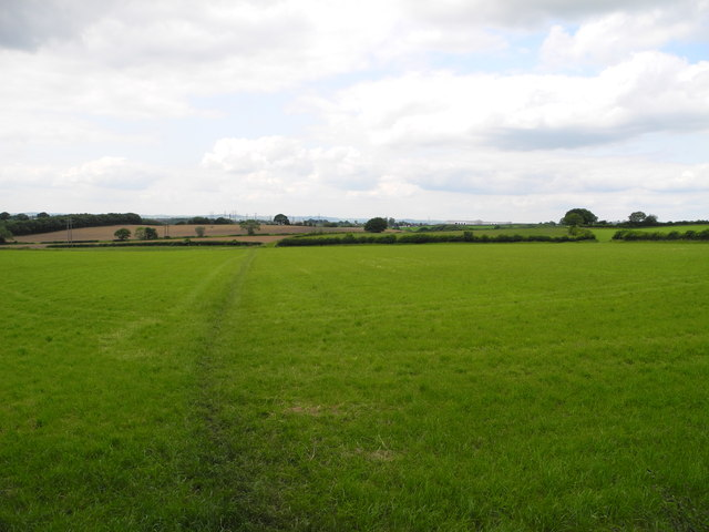 Farmland north of Franderground Farm