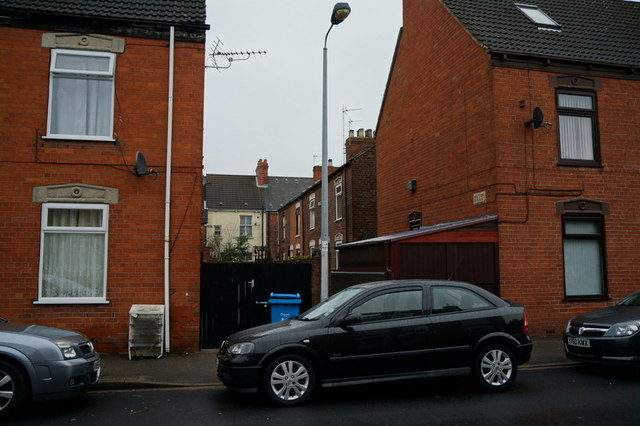 Wilton Avenue off Franklin Street, Hull
