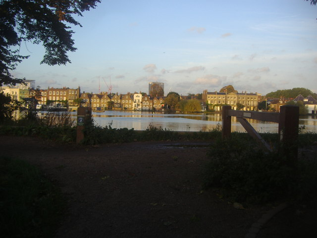 Strand on the Green from Kew Riverside