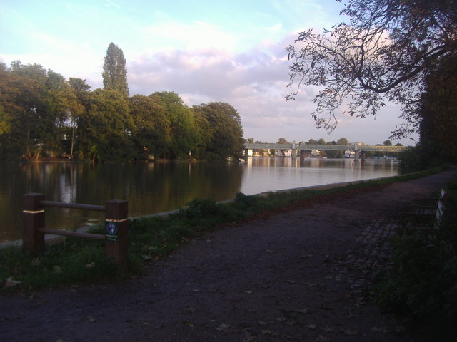 The River Thames at Kew