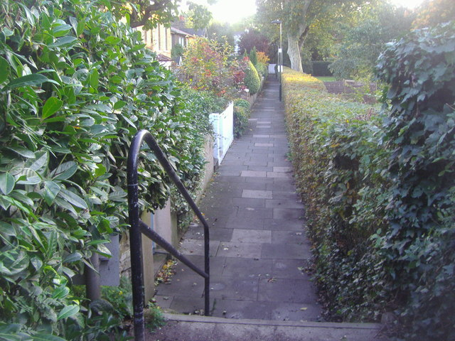 Path leading to cottages, Kew Green