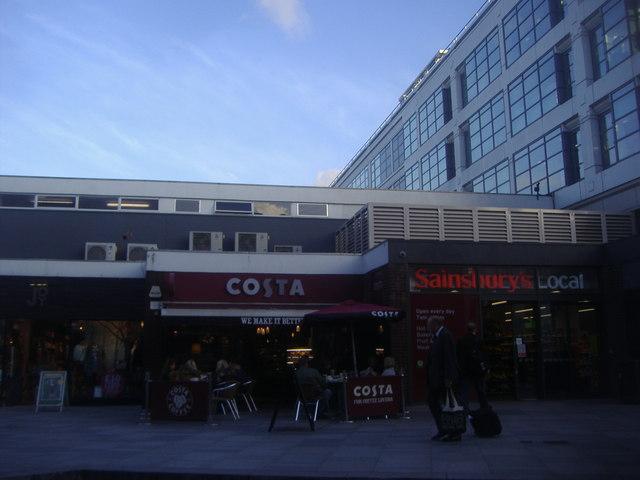 Shops on The Quadrant, Richmond