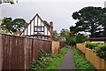 Dist:0.4km<br/>A footpath between Halsdon Avenue and Exeter Road.