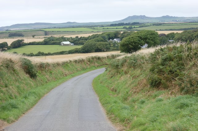 The lane towards Castle Morris
