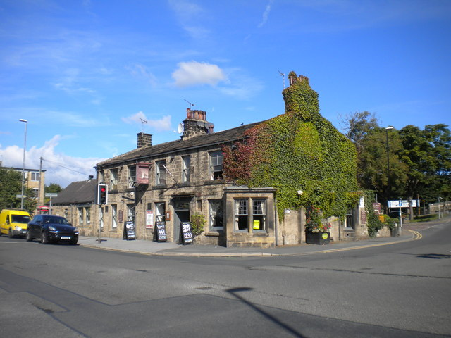 the station pub guiseley richard vince geograph. Black Bedroom Furniture Sets. Home Design Ideas