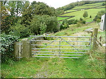 SE0023 : Gate on Hebden Royd FP91 by Humphrey Bolton