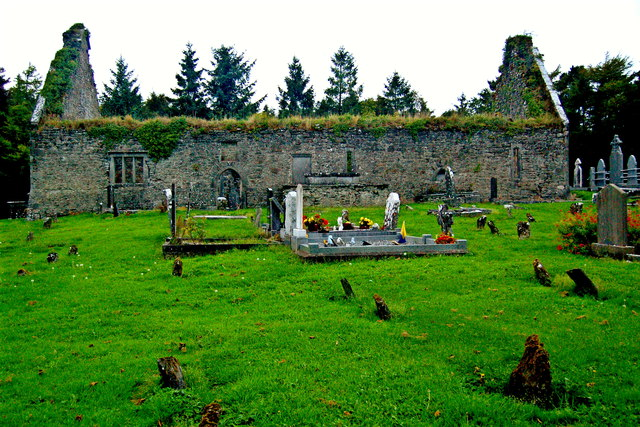 Derelict Bunratty Church & Graveyard