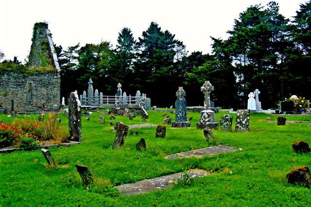 Derelict Bunratty Church & Graveyard