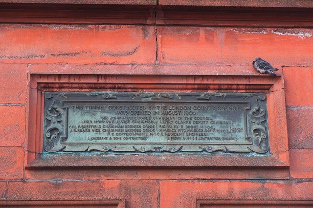 Bronze plaque № 11376 - This Tunnel Constructed by the London County Council was Opened in August 1902