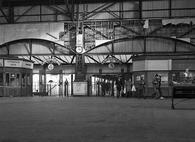 Queen S Quay Station Interior 1976 169 The Carlisle
