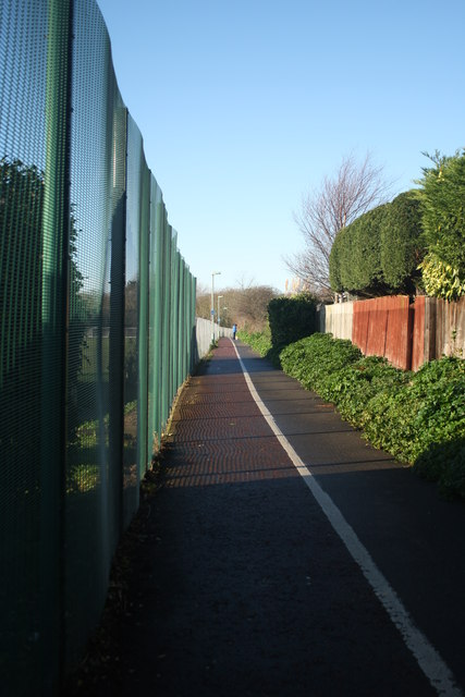 Footpath and Cycleway to Peto Way