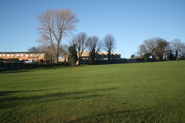 Normanston Park and housing