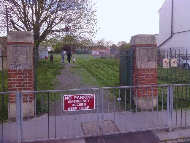 King George's Field, Croydon