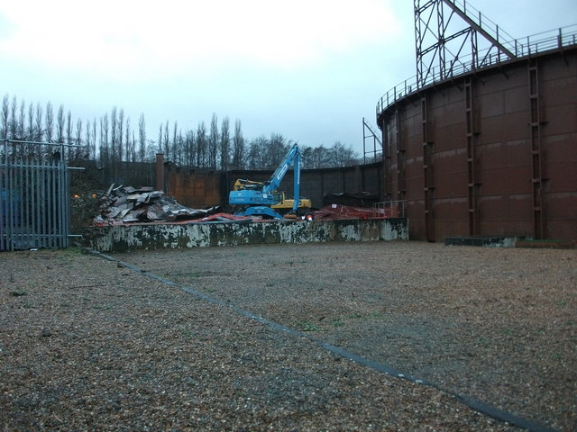 Demolition of St Albans Gasholders