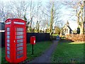 SP9525 : St Michael's, phone box and post box, Eggington by Bikeboy