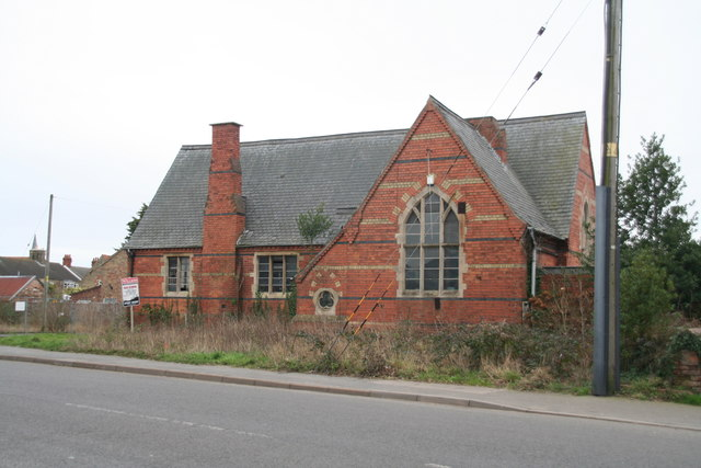 Old School Building For Sale C Chris Geograph Britain And Ireland