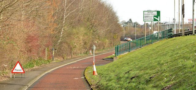 Cycle lanes and subways, Sydenham bypass, Tillysburn, Belfast - March 2014(4)