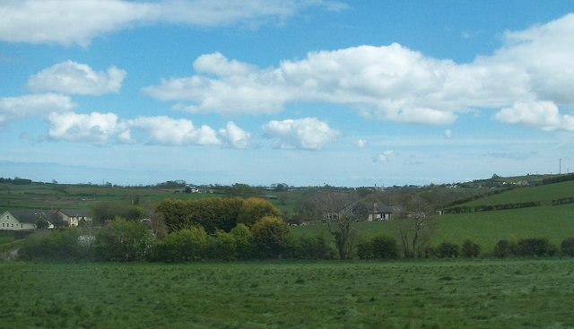 Rural settlement east of the A24 (Ballynahinch Road)