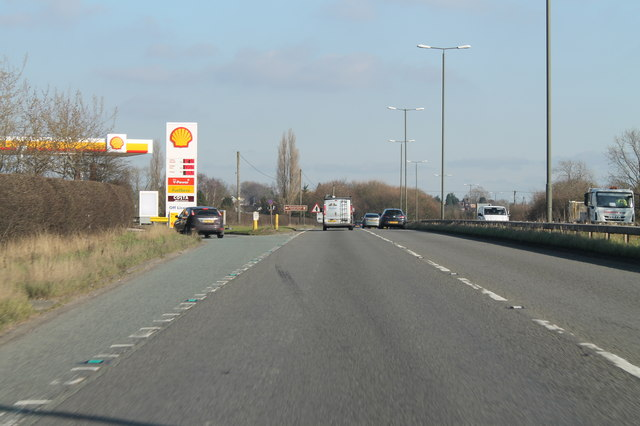 Park Road Garage >> Shell garage on Borrowash bypass (A52) © J.Hannan-Briggs :: Geograph Britain and Ireland