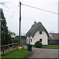 Dist:1.1km east-southeast<br/>The cottage is Grade II listed: see http://www.britishlistedbuildings.co.uk/en-52646-avondale-whaddon-cambridgeshire .
