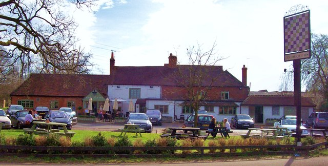 The Chequers Eversley Cross Len Williams Geograph