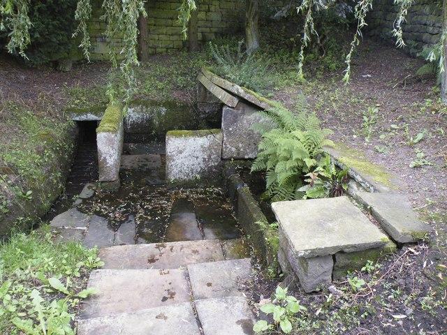 The Potters' Well, Mortimer Road, Midhopestones, near Stocksbridge - 4