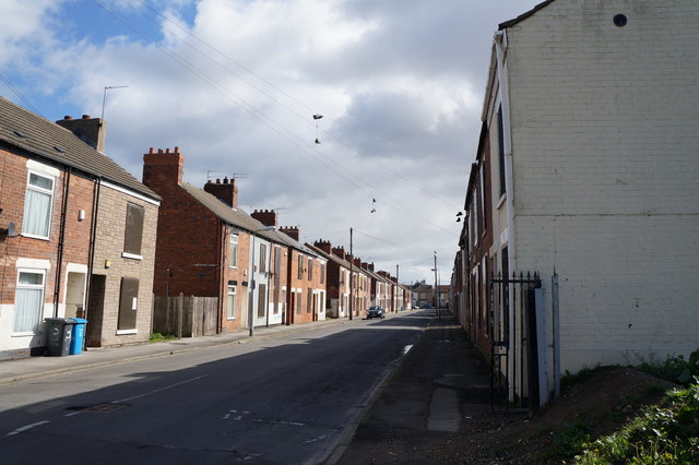 Clyde Street Off Hawthorn Avenue Hull Ian S Cc By Sa 2
