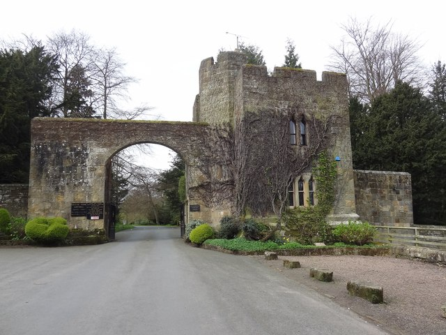 Gateway into Hulne Park