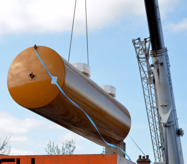 Fuel tank delivery, Strandtown, Belfast - April 2014(6)