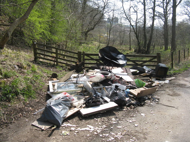 Fly-tipping at Crichton