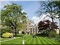 TL4457 : Garden of Darwin College, Cambridge : Week 16