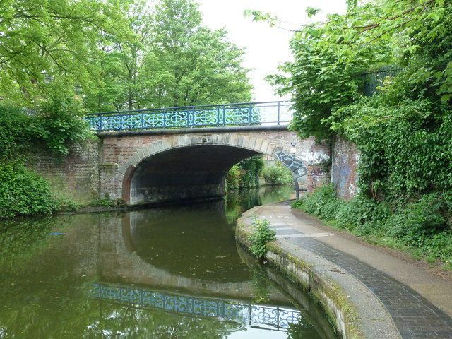 Bridge 53, Regents Canal - Bonner Hall Bridge