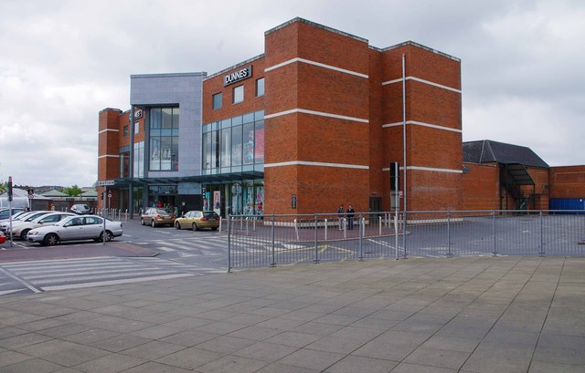 Dunnes Friars Walk Ennis Co Clare 169 P L Chadwick Cc By