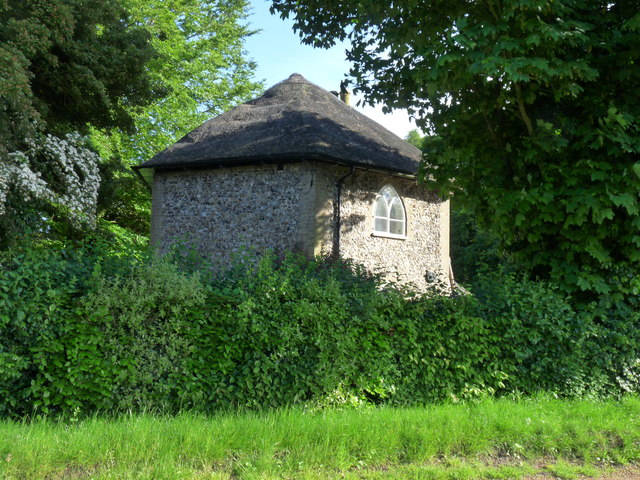"While you can (15): ""Cobb's Cottage"" from the Eastbridge Road"