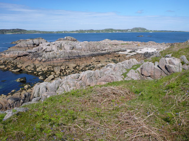 Looking to the Sound of Iona from Torr Gaineamhach