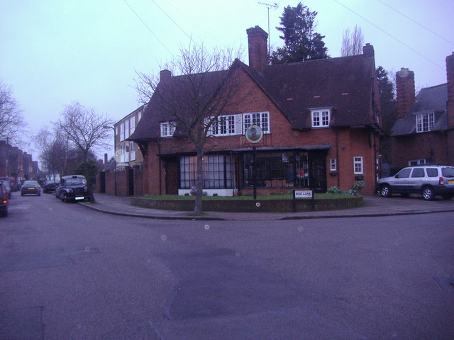 Hairdresser's shop on the corner of Goldsmith Avenue and Roe Lane