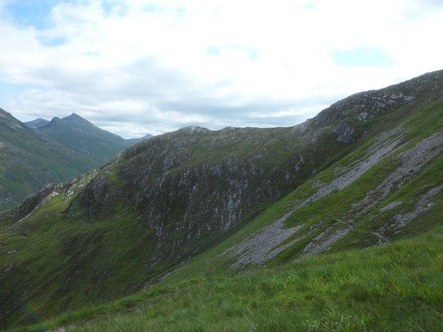 An Gearnach's northeastern ridge