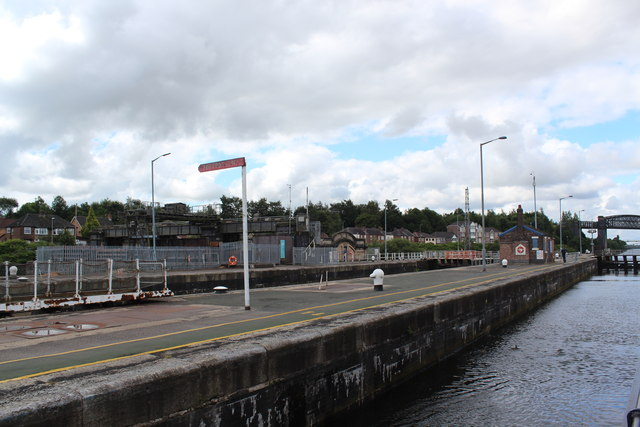 Manchester Ship Canal - Latchford Lock