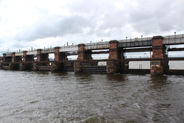 Manchester Ship Canal - Weaver Sluices